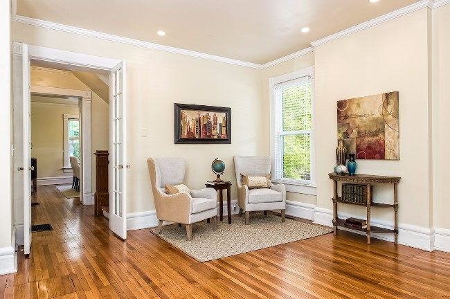 Staged by Sanctuary Staging, Photo by Columbus Pics